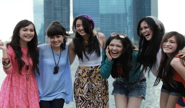 Tina With D'Girls